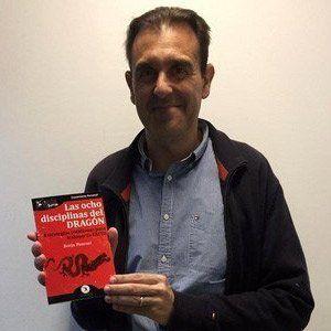 Jordi Villar ya tiene su GuíaBurros Las ocho disciplinas del dragón