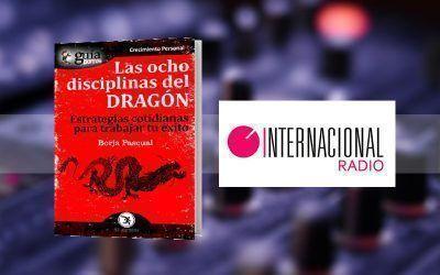 Borja Pascual con su «GuíaBurros: Las Ocho Disciplinas del Dragón» en «Mundo Noticias», de Radio Internacional