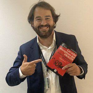 Joaquim Martínez ya tiene su GuíaBurros Las ocho disciplinas del dragón