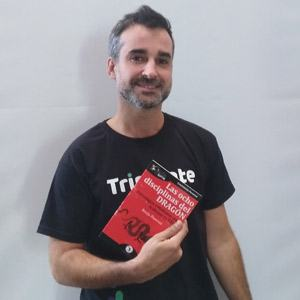 Sergio Orozco ya tiene su GuíaBurros Las ocho disciplinas del dragón