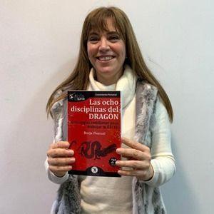 Alejandra Sánchez Yagüe ya tiene su GuíaBurros Las ocho disciplinas del dragón
