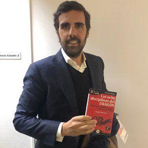 Guillermo Gaspart ya tiene su GuíaBurros Las ocho disciplinas del dragón