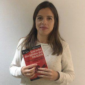 Isabel Salazar ya tiene su GuíaBurros Las ocho disciplinas del dragón